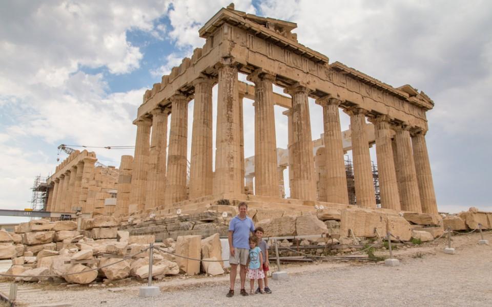 Athen's Parthenon with no one else around