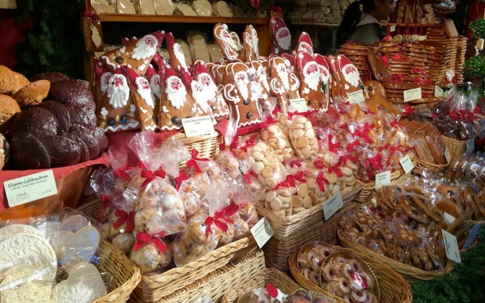 German Christmas Markets Food-Travelocity